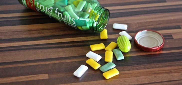 Gomme da masticare e denti, danni e benefici