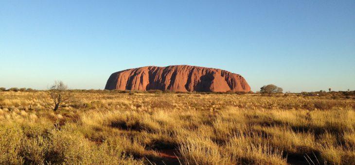 Uluru, viaggio nel centro dell'Australia