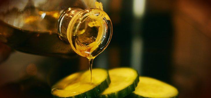 Proprietà naturali dell'olio di oliva: eccone alcune